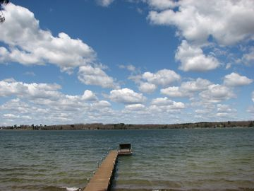Fun & Sun on 280 acre Lake Irogami!
