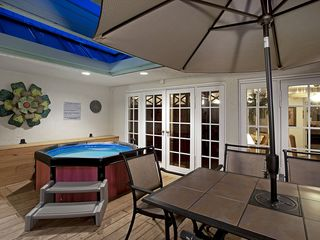 Key West condo photo - Hot Tub & Large Table for Happy Hour or for Dining Under the Stars