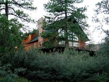 Pine cabin rental - Unbelievable Views and Privacy!!