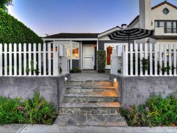 Corona del Mar cottage rental - Front Entry.