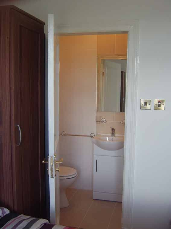 Room 1 with en-suite