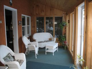 Prospect Harbor cottage photo - Comfortable enclosed porch