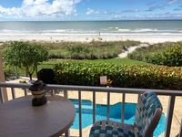 'Sea Song' Gulf-Front Cottage by Sea in 5 Unit Bldg. Beautiful new furniture!