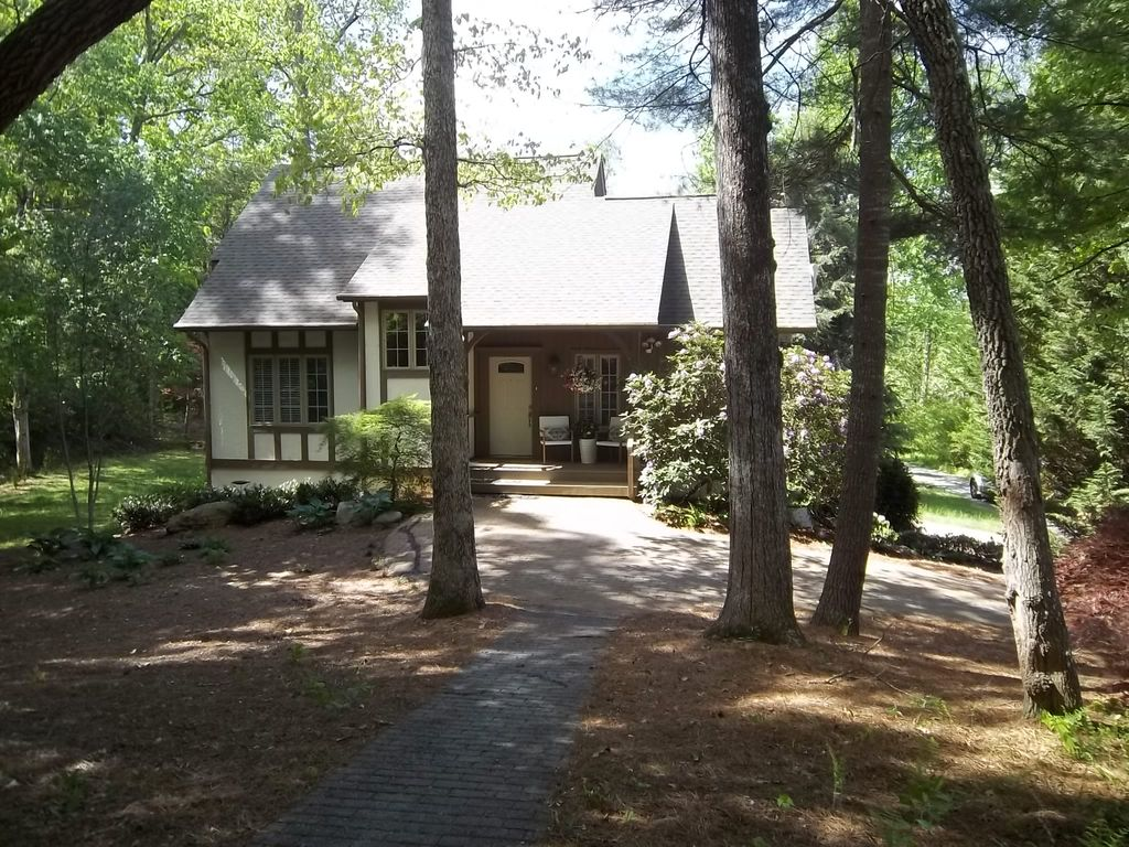 The Perfect Cottage In Hendersonville Flat Rock Vrbo