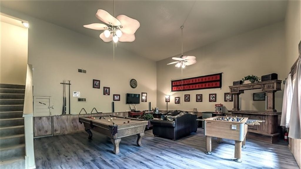 Ski apache and then relax in the hot tub at vrbo for Cabin rentals near ski apache