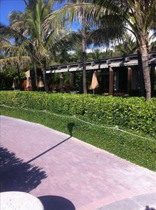 Miami Beach hotel rental - The Beach walk, view of Setai Pool
