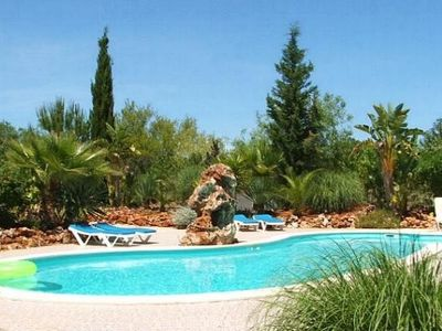 Villa with large private pool, in peaceful countryside.