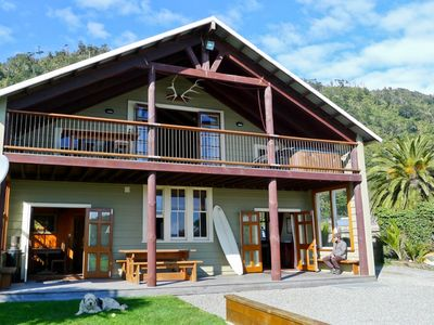Stunning seaside lodge accommodation