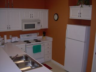 River Oaks condo photo - Full Kitchen with Stove, Range, Microwave, Toaster, Coffee Maker, Crockpot, Ref.