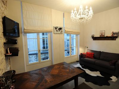 Stylish, unique, comfortable 2nd floor 1 bedroom in the very heart of Paris
