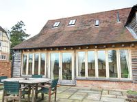 Beautiful barn conversion in the grounds of a splendid old farmhouse set in a quiet rural location near picturesque Goudhurst Great holiday base for all the family