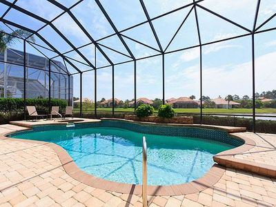 Spend long leisurely days on our lanai - Take a dip in our heated pool, sink to your nose in the hot tub, lounge in the sun, lounge in the shade, cook up a storm on our outdoor kitchen, and dine al fresco! You can do all of that and more while you enjoy the lake and golf course views at Ocean Hammock Margaritaville House in Palm Coast, Florida.