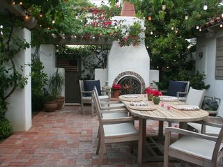Coronado house photo - Outdoor Dining with Wood Burning Fireplace