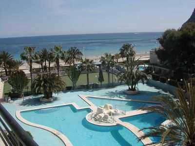 Beautiful Beach Front Apartment: Large Sunny Balcony with Stunning Sea Views - 5th floor