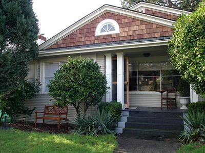 Our home is your home: Front yard with outdoor seating / dining / porch / BBQ