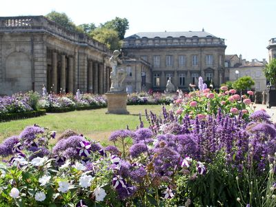 Bordeaux Public Gardens are just steps from Bordeaux City Gardens apartment