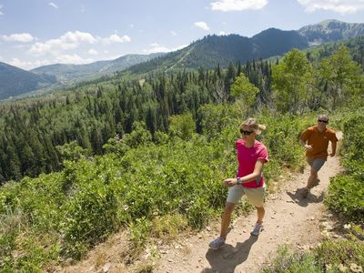 THE CANYONS RESORT-SUMMER HIKING