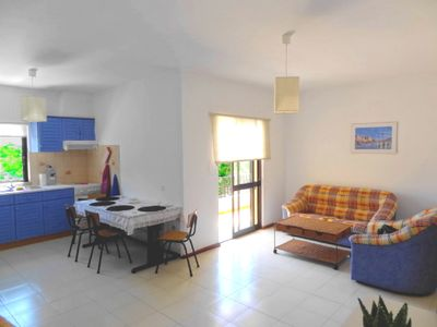 Airy 2 Double Bedroom Apartment  Blue 4 Km To Beach