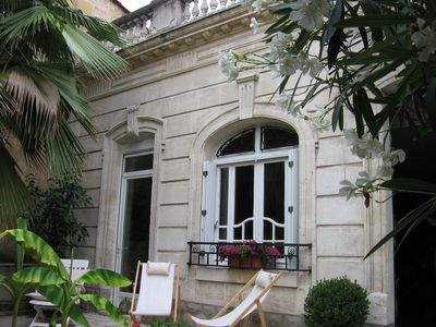 BORDEAUX: House 100m2 Garage luxury boutique shops nearby tram