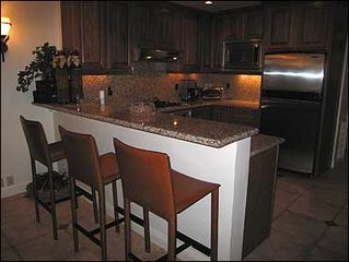 Aspen condo photo - Gourmet kitchen w/ stainless app