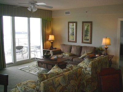 Miramar Beach condo rental - Very Spacious (21'x26') Living Dining Room