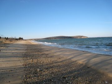 nearby white sandy bay beach..great for a swim; long walks