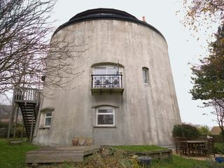 Folkestone castle rental - Martello Tower No 2
