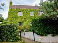 DAFFODIL COTTAGE, character holiday cottage in Sutton, Ref 2755