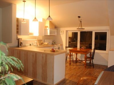 'Mariner's Lookout on Comox Bay' suite kitchen