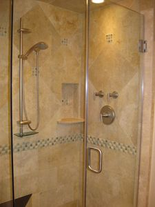 Lower bath shower