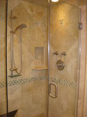 Lincoln City townhome photo - Lower bath shower