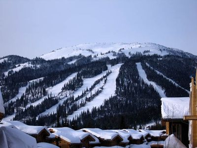 Enjoy your day on the mountain, then ski right to the condo.