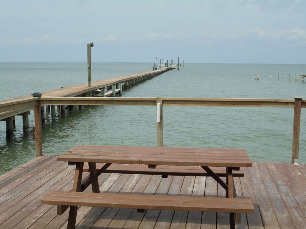 Paradise on copano bay 4 br vacation house for rent in for Copano bay fishing