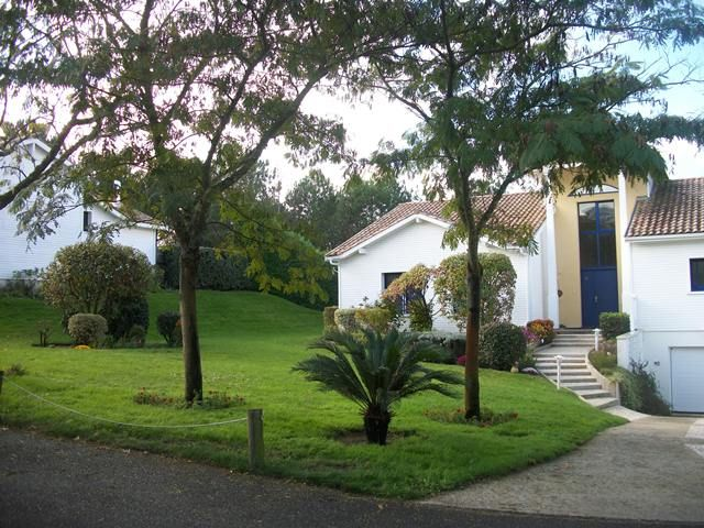 Accommodation near the beach, 160 square meters, , Moliets-et-maa, Aquitaine