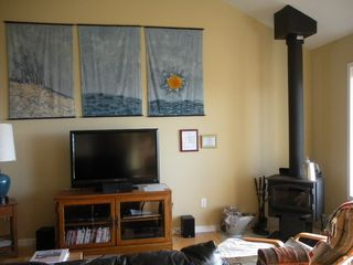 Moclips townhome photo - Livingroom with relaxing woodstove for cold winter nights.