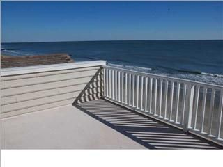 Folly Beach house rental - roof top deck