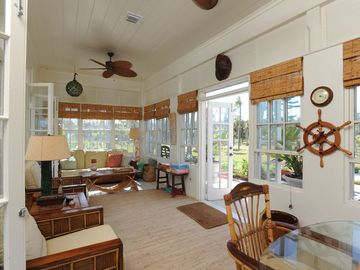 The sunny and breezy Bahama room (foyer)