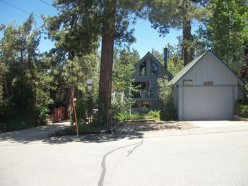 Metcalf Bay house rental - View from street