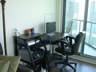 Toronto condo photo - A fully functional office space...