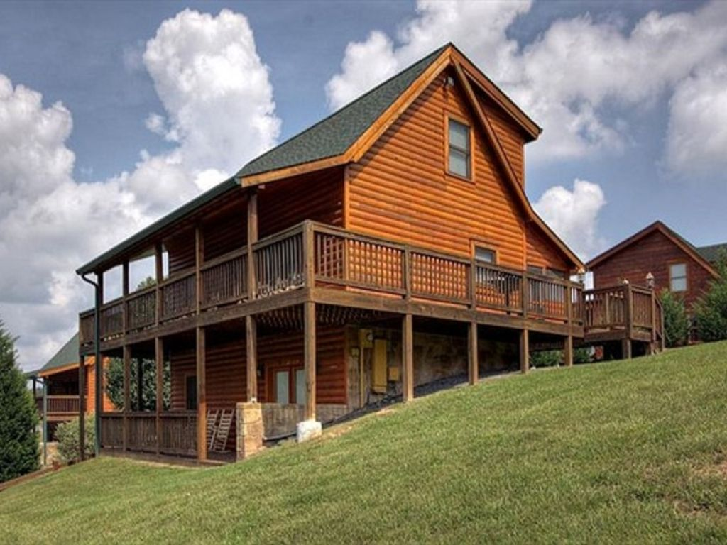 newly renovated pigeon forge cabin minutes vrbo 87903