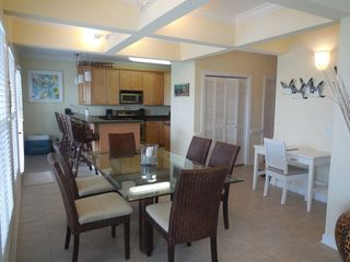 Ocean Isle Beach condo photo - Dining Room