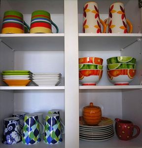 colorful dishes - thoughtful details you might enjoy