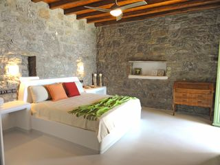 Mykonos villa photo - Large master bedroom opens up to private veranda