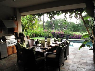 Outdoor Dining Lanai, BBQ pool, golf course & ocean beyond. Lemon/lime trees