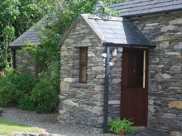 Mizen Head cottage rental