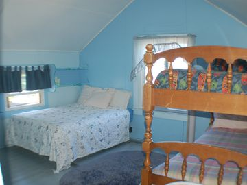 The Sycamore bedroom (upstairs)