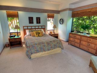 Poipu house photo - Queen Bedroom