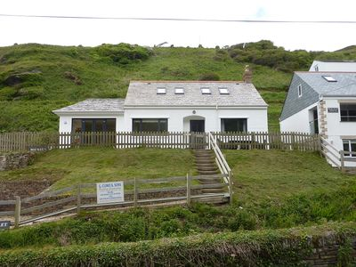 Trebarwith - Sea Views from Stream Side Cottage, Very Close To Beach