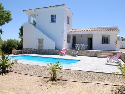 beautiful country house with pool near the sea and overlooking the Campo