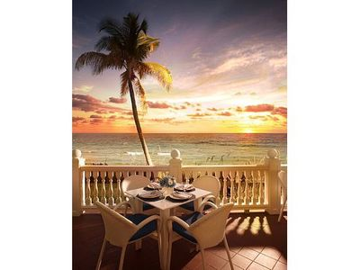 Fort Lauderdale hotel rental - This is your view when having breakfast at the resort.
